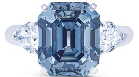 7-Carat Fancy Deep Blue Diamond Ring Earns Top-Lot Status at Christie's Geneva