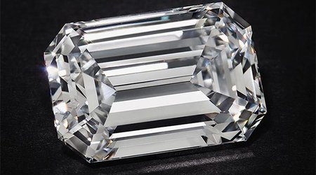 Here's How a 28.86-Carat Diamond Made History and Changed the Market